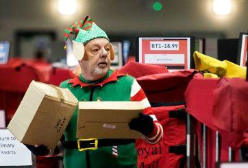 Solicitan 'duendes' para responder cartas de Santa Claus