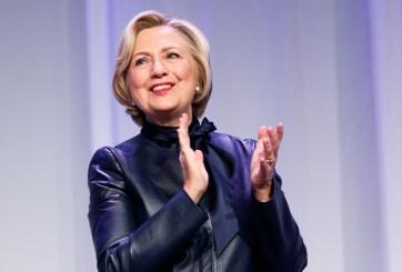 Revista aconseja a Clinton que se vaya a tejer, y la internet explota