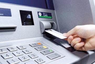 Mujer demandada por recibir $100 en vez de $5 en cajero automático
