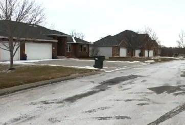 VIDEO: Hombre causa pánico en su nuevo barrio por siniestro pasado