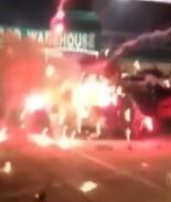 VIDEO: Poderosa explosión de pirotecnia deja un muerto en peregrinación