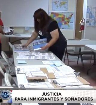 VIDEO: Comunidad de Albuquerque pide un cambio y apoya a soñadores