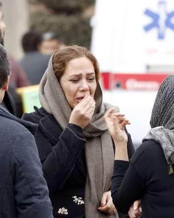 Se estrella avión en Irán matando a 65 personas a bordo