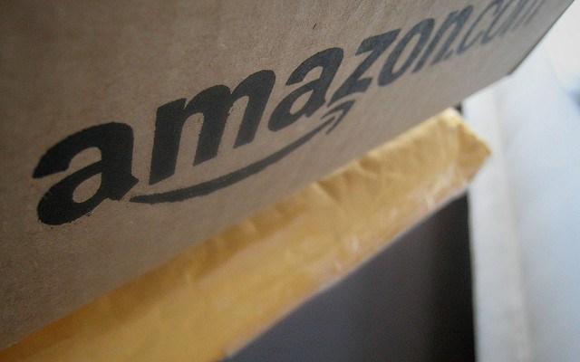 VIDEO: Encargan pañales en Amazon y los reciben usados