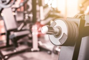 Entrenador con COVID expuso a 50 personas en un gimnasio