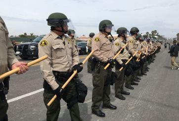 Visita de Trump provoca varias manifestaciones en San Diego