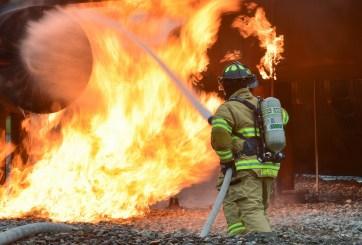 Mueren dos abuelitos durante incendio en asilo