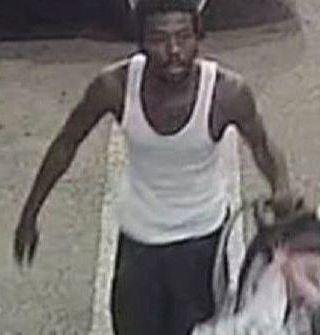 VIDEO: Ladrón se sorprende al robar un carro con un bebé en su interior