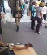 Video: Así un mendigo se las ingeniaba para pedir dinero