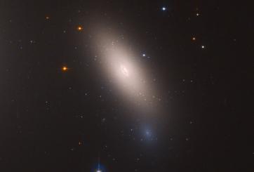 """La NASA descubre una antigua """"reliquia galáctica"""" con telescopio Hubble"""