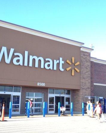 Al menos 3 muertos en tiroteo dentro de Walmart en Oklahoma