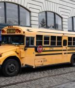 VIDEO: Conductor de autobús desata polémica por abofetear a niño