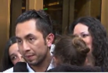 VIDEO: Padre inmigrante que iba a ser deportado es liberado por ICE
