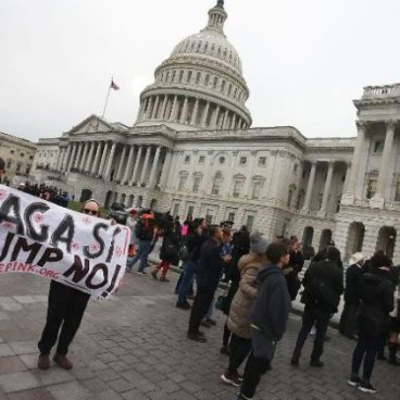 Rebelión en la Cámara de Representantes para salvar a DACA