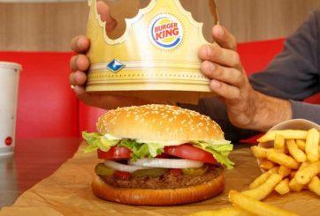 Burger King vende Whoppers a 1 centavo pero debes pedirlas en McDonald's
