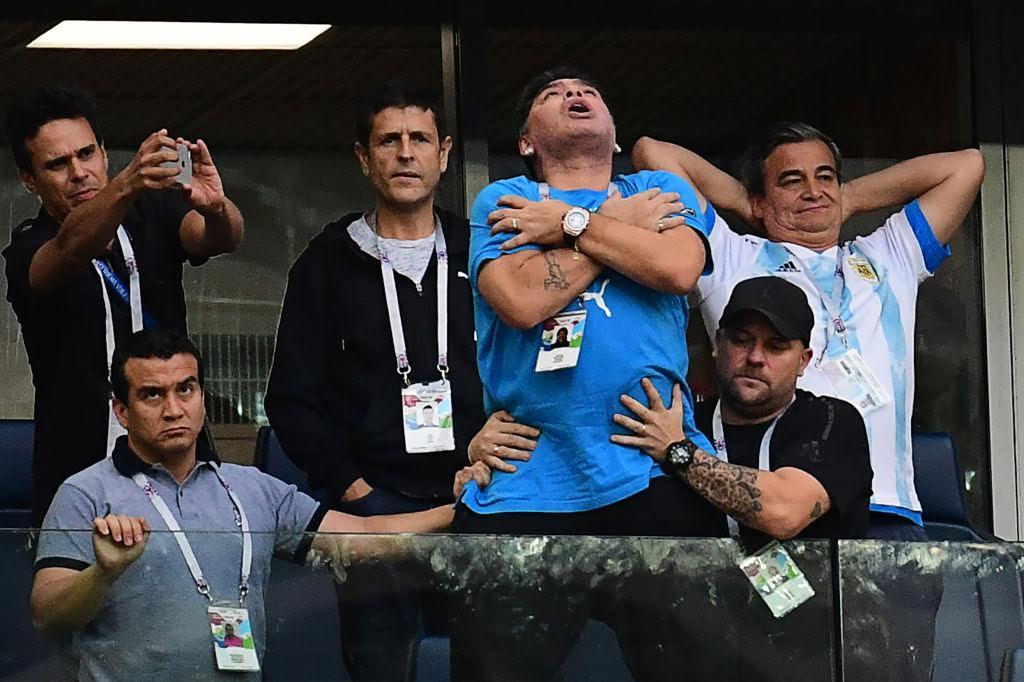 Maradona Colapsa tras partido de Argentina