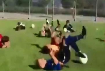"""VIDEO: Niños entrenan fútbol imitando """"técnica"""" de Neymar"""