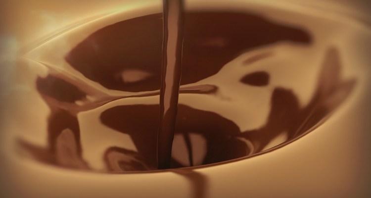 La dieta de chocolate, vino y cerveza que puede prolongar tu vida