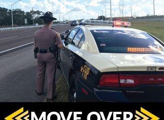 la ley #MoveOverFL a detenido a varios conductores en Florida por manejar a un lado de una autoridad estacionada