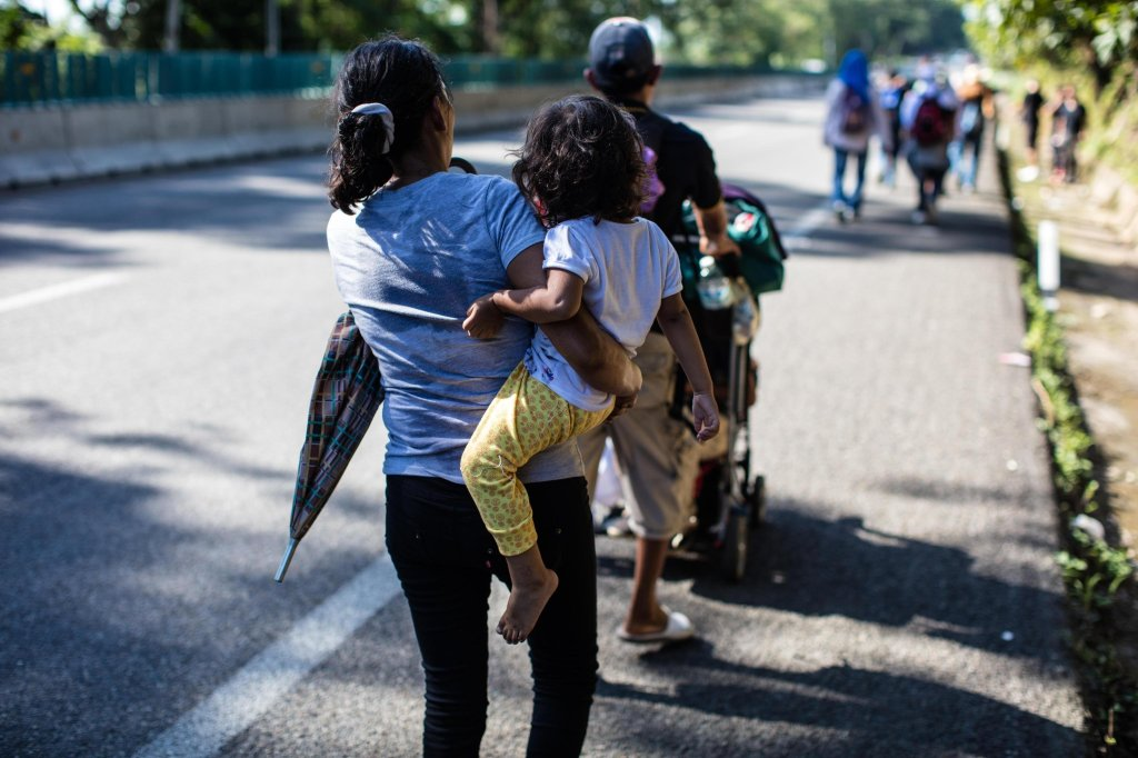 caravana de inmigrante