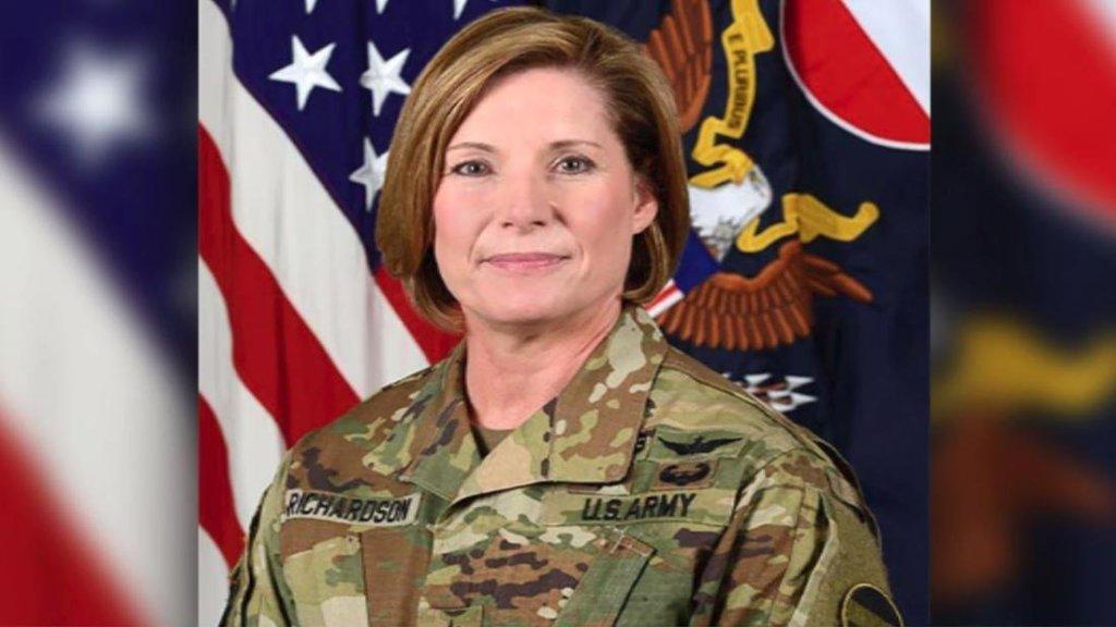 teniente general laura richardson