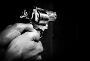 Adolescente se suicida en Año Nuevo tras matar a amigo por accidente