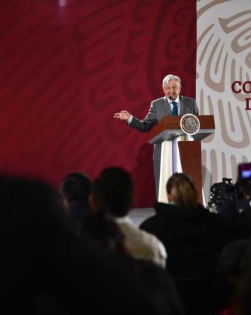 Ladrones de combustible dejan primer amenaza contra presidente de México