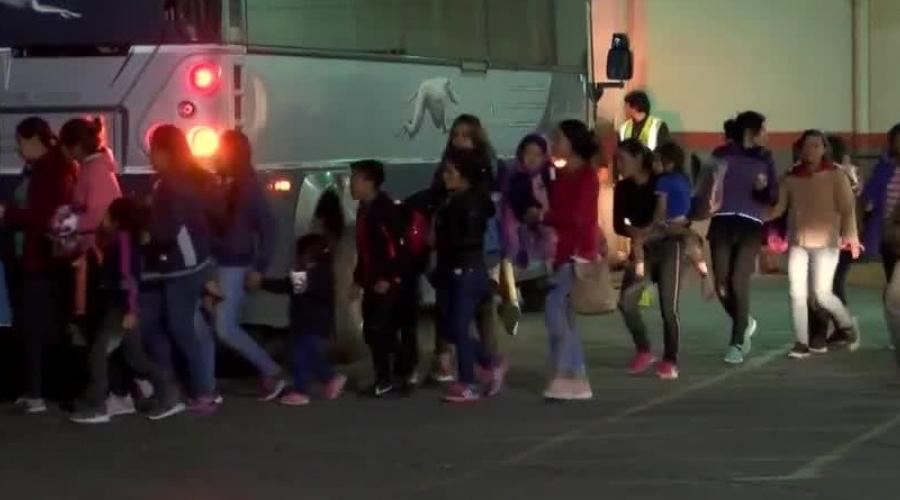liberan a migrantes en El Paso