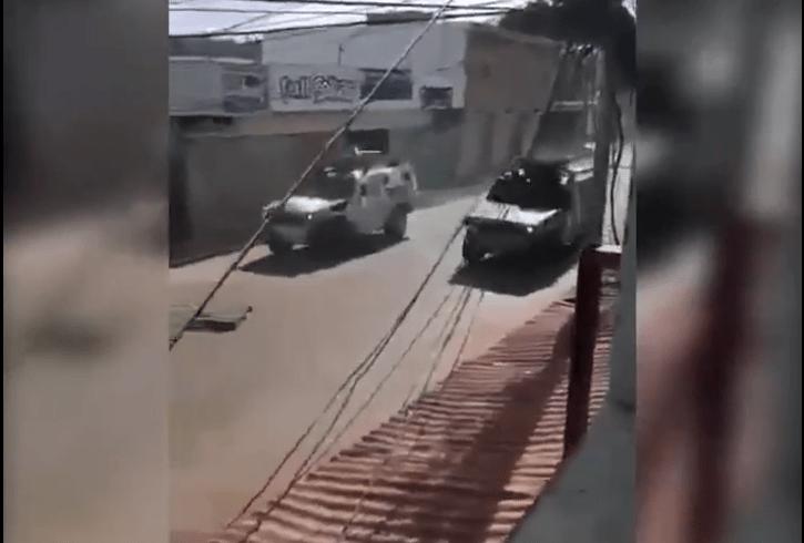 El camión entró con medicinas y alimentos desde Brasil