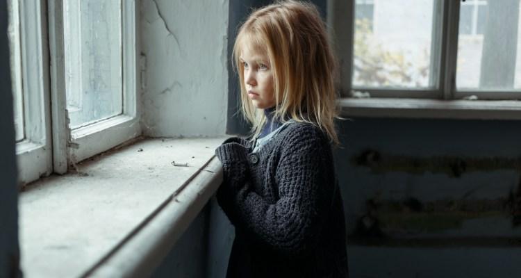 Cientos son arrestados tras operación de rescate que liberó a 5 niños