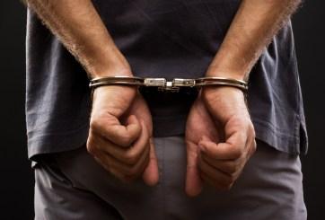 Fue arrestado por quedarse con una TV que le entregaron por accidente