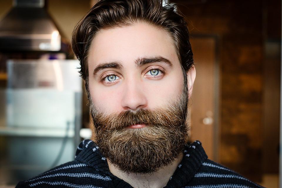 ? Según un nuevo estudio, las barbas pueden tener microbios más peligrosos que los encontrados en el pelaje