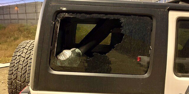 Agentes son atacados con piedras mientras arrestaban a 7 indocumentados