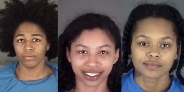 3 mujeres desnudas fueron arrestadas tras persecución policial