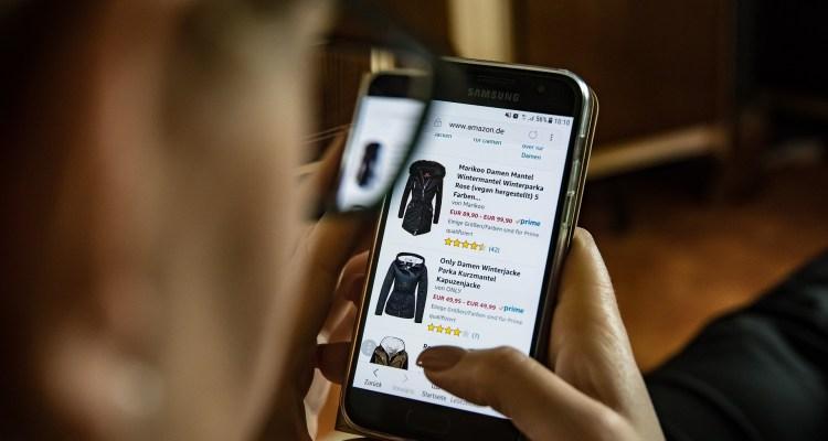 Estos son los trucos de las tiendas en línea para que compres más y más