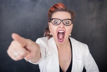 maestra enojada
