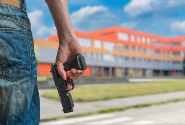 Tras masacre entra en vigor en TX ley que permite armas en escuelas
