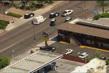 Autoridades rodean a sospechoso armado tras disparos en Escondido