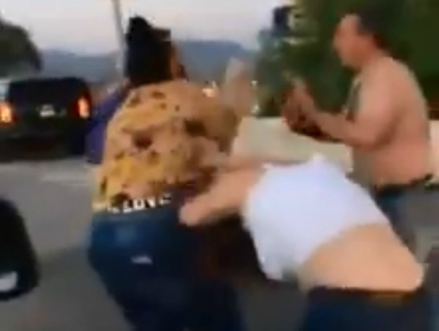 pelea en freeway
