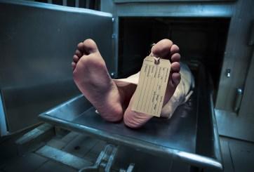 """Hombre """"muerto"""" despertó en su funeral justo antes de ser enterrado"""
