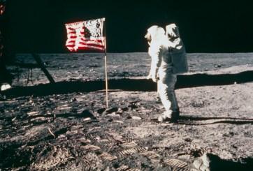 Venden cintas originales del aterrizaje en la Luna por $1.82 millones