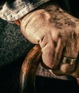 Él tiene 100 años, ella está a punto de cumplir 103 y se casaron
