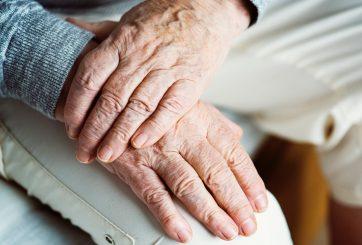 Con 107 años mujer revela el secreto de su larga vida: ser soltera
