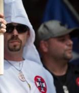 Buscan que al fin reconozcan al Ku Klux Klan como terroristas