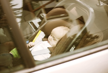 Niño de Texas murió tras ser dejado por muchas horas en auto caliente