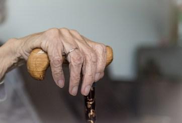 Mujer escondió el cadáver de su mamá para seguir cobrando su pensión