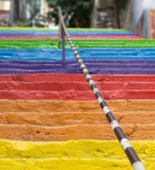 escaleras de arcoiris