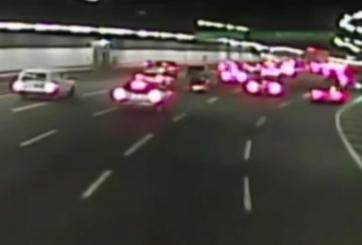 Video: Mujer se lanza de un Uber en movimiento y es atropellada