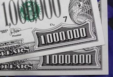 Hombre intentó abrir cuenta bancaria con un billete falso de $1 millón