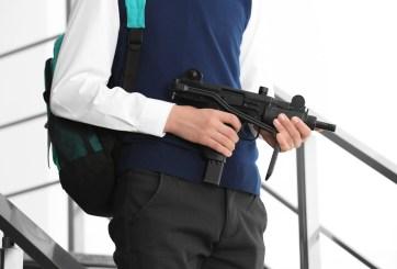 Arrestan a joven de 13 años por amenazar con tiroteo escolar en LA